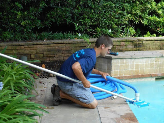 Houston Pool Cleaning, Maintenance & Equipment Repair | Manning Pool Service