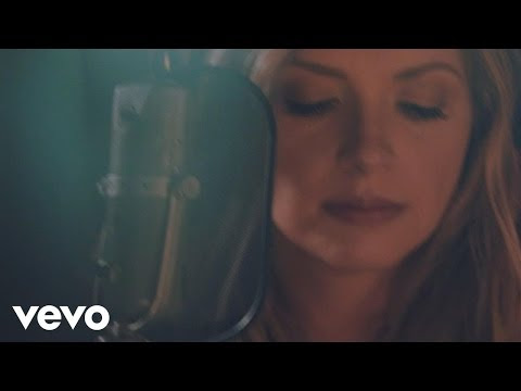 """Carly Pearce – Every Little Thing"""