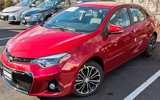 2015 Toyota Corolla S Premium - Sports Sedan $25000 or Less - Autopten.com
