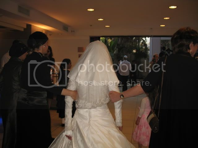 well-veiled Jewish Bride
