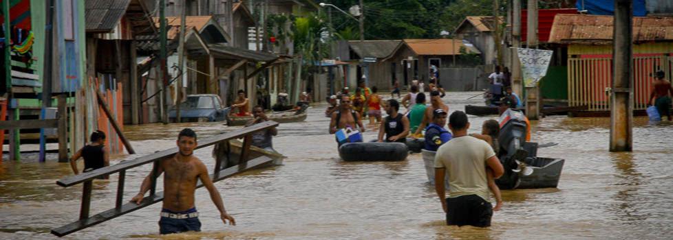 Resultado de imagem para inundação no alto Amazônas