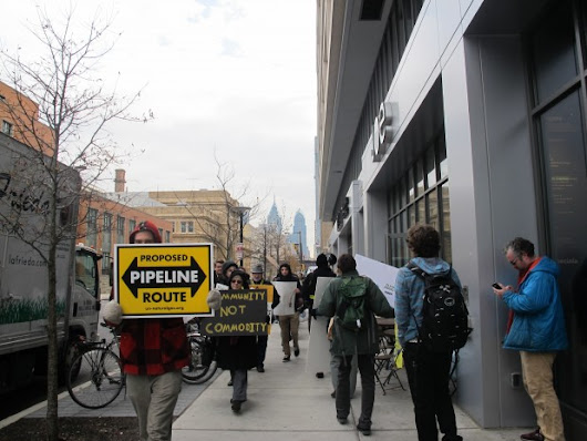 Plans for shale gas 'energy hub' draw investors and protestors to Philadelphia
