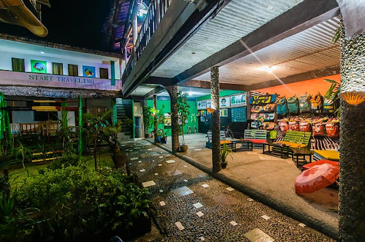 Stumbling Into Jeepney Hostel and Rediscovering Boracay