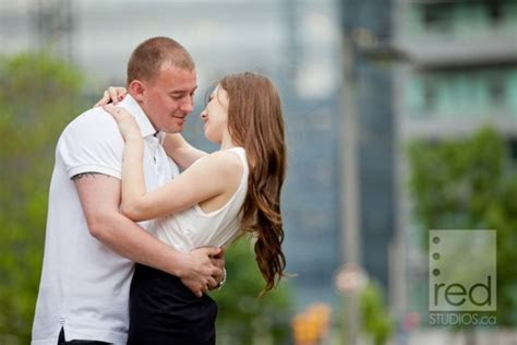 Engagement shoot   Downtown Toronto   Graffiti and Urban