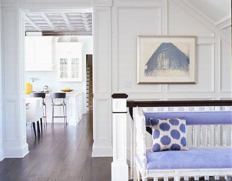 4-coastal-chic-foyer-kitchen-dec0707_xlg