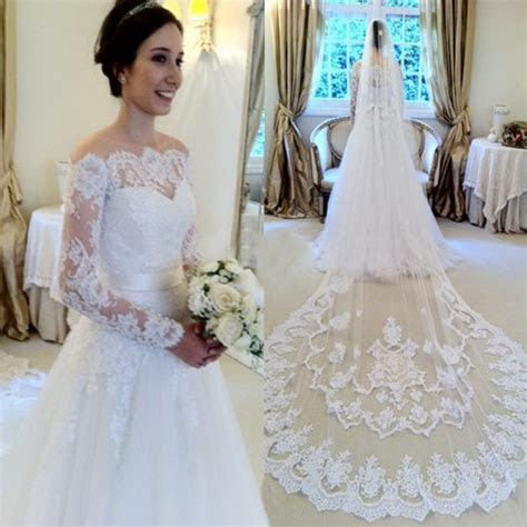 Mild White Lace Wedding Dress Bridal Gown with Long
