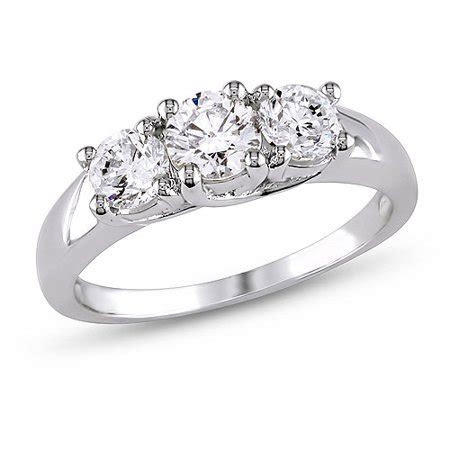 1 Carat T.W. Diamond Three Stone Engagement Ring in 14kt