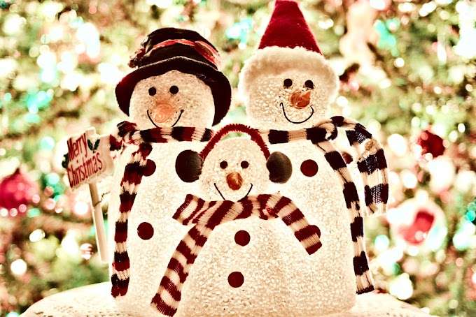 """Merry Christmas & happy holidays"" links"