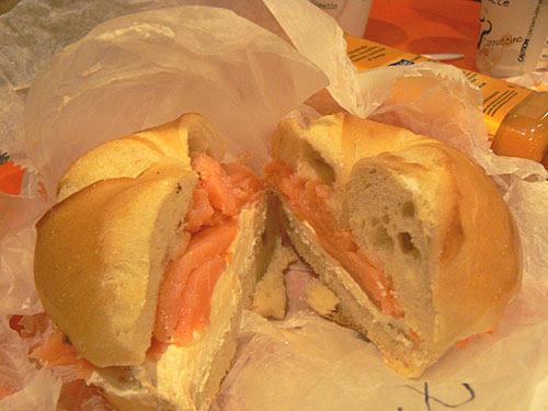 bagel au saumon.jpg