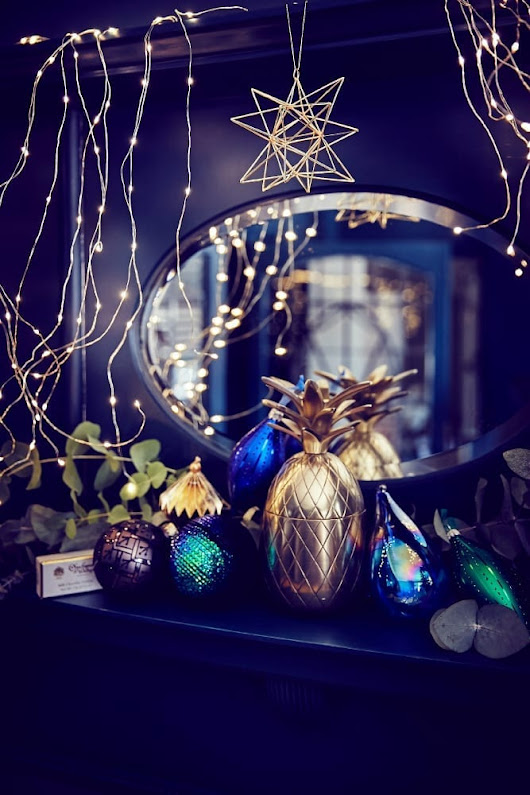 25 Easy Ways to a Christmas Ready Home - Love Chic Living