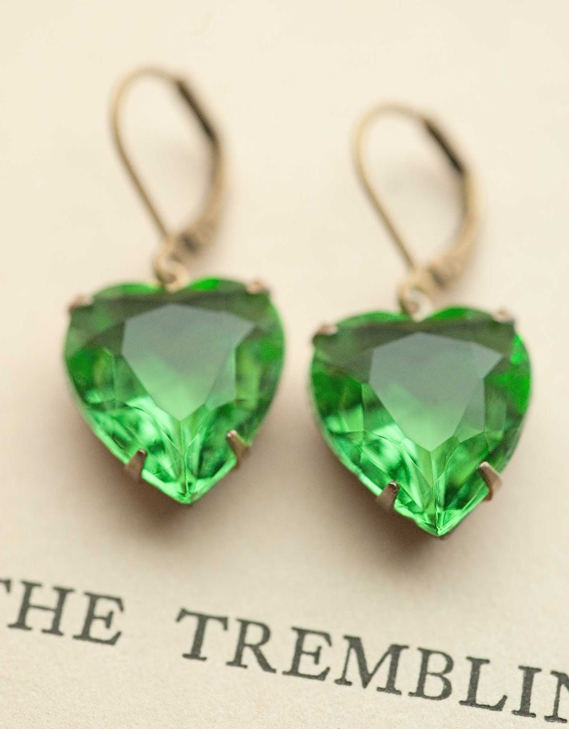 Estate Style Vintage Glass Summer Style Emerald Green Heart Earrings