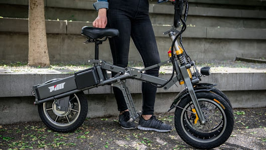 Mylo electric three-wheel scooter riding review - Autoblog