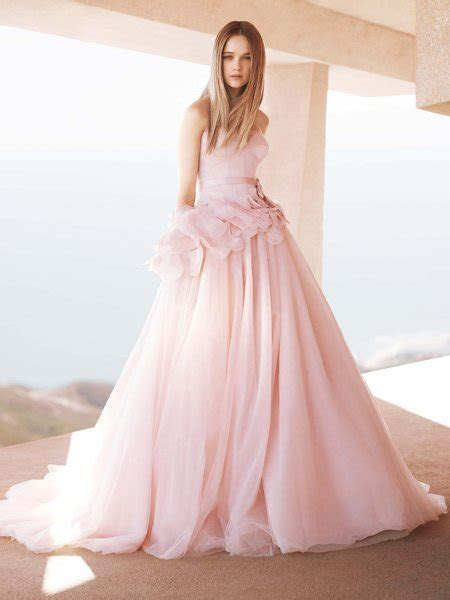 Pink Wedding Dresses   Wedding Decoration Ideas?