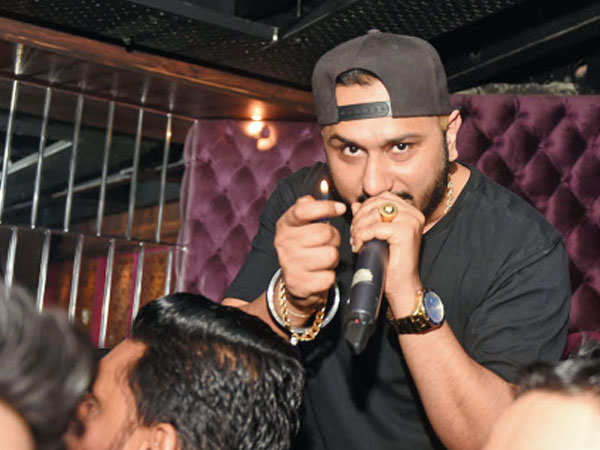 Yo Yo Honey Singh to write a special song about overcoming