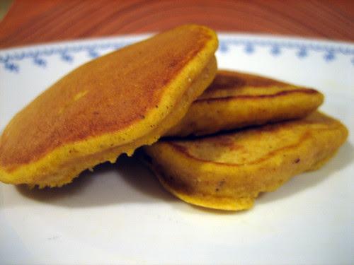 yummy pumpkin pancakes....naked