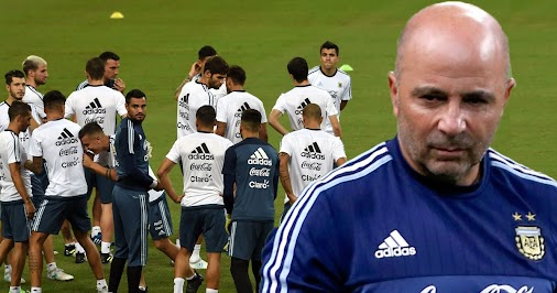 This is why #Argentina hired #Sampaoli! He isn't afraid of change http://ow.ly/zGo730cxoqd