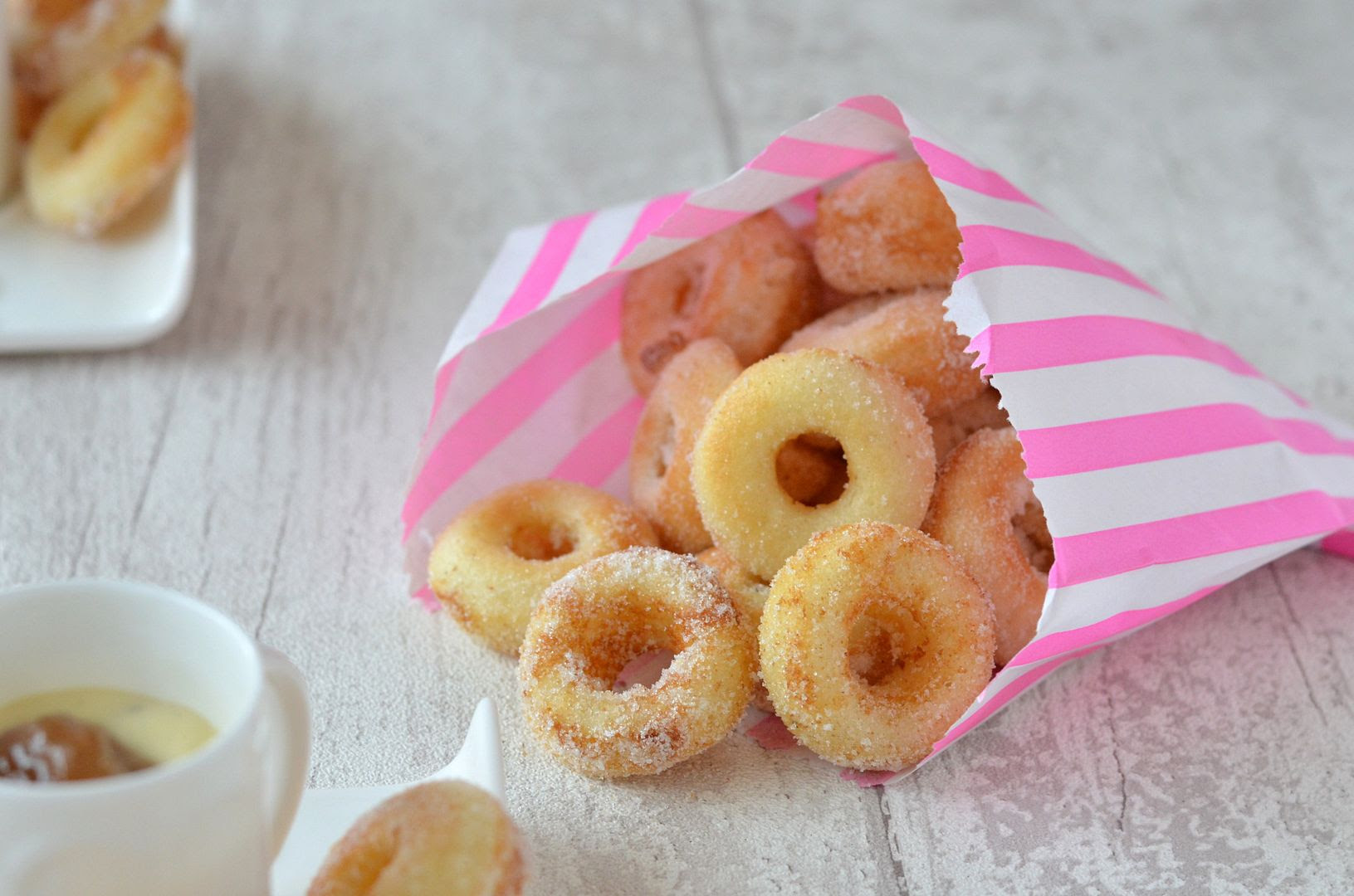Mini Baked Doughnuts with Rhubarb & Custard Dip
