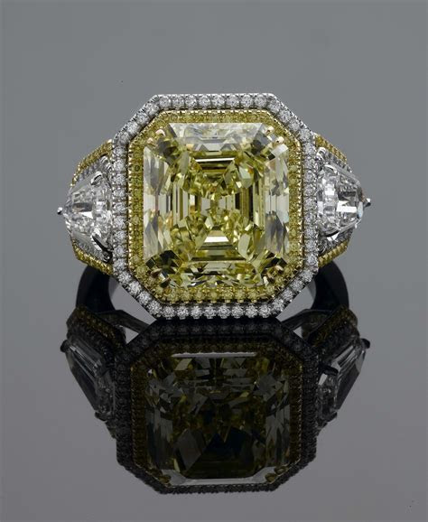 Fancy Canary Yellow Diamond Engagement Ring   OroSpot.com