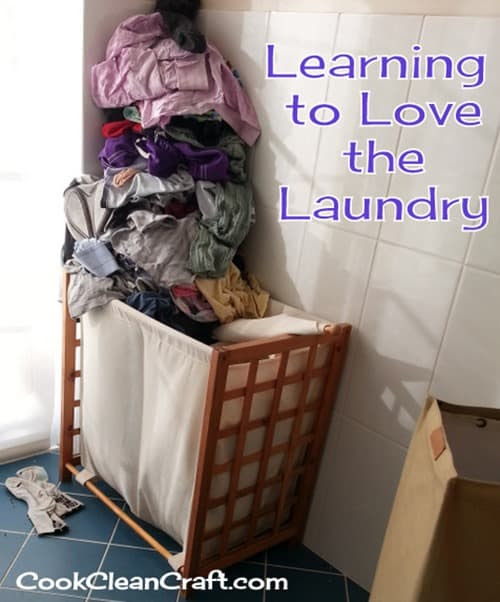 Learning to love the laundry {Giveaway} - Cook Clean Craft