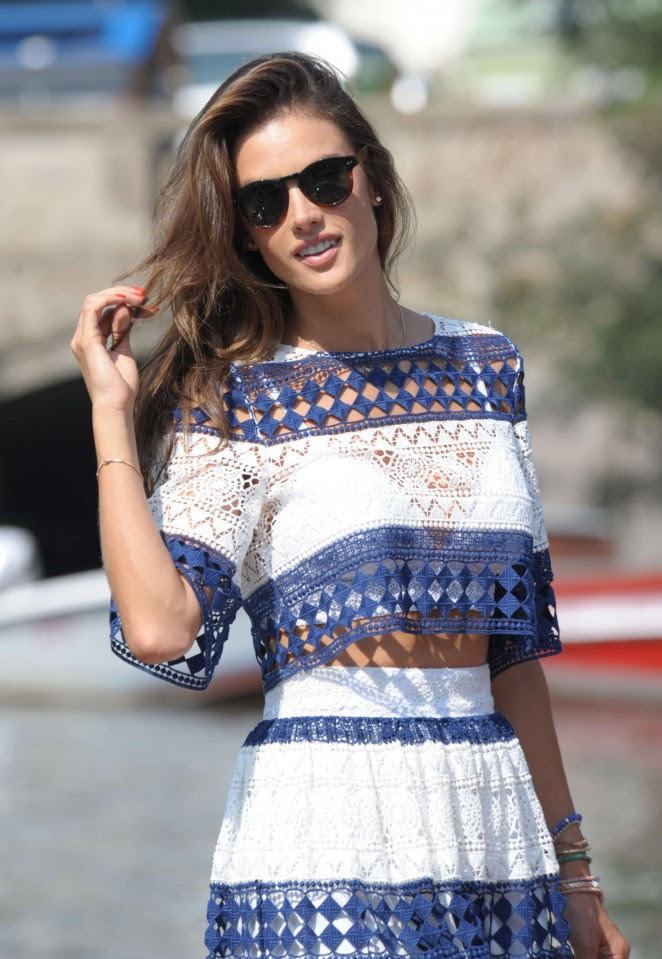 Alessandra Ambrosio out in Venice -05