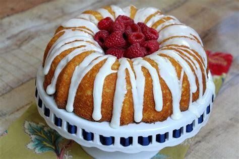 Best 25  Raspberry lemonade cake ideas on Pinterest