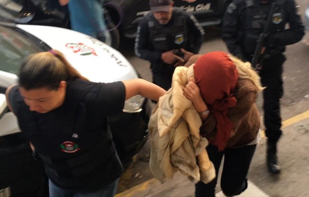 Luana Don passou pela Delegacia de Presidente Prudente para realizar exames médicos (Foto: Stephanie Fonseca/G1)