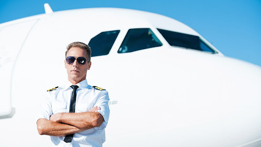The Differences Between Passenger and Cargo Pilots