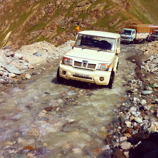 Essential Road Trip Wisdom: Travelling on One of the World's Most Extreme Highways (Manali-Leh Highway)