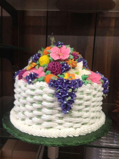 93 best CAKE DECORATING~BASKETWEAVE  images on Pinterest