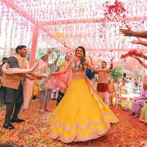 What are the best Hindi songs for sister weddings?   Quora