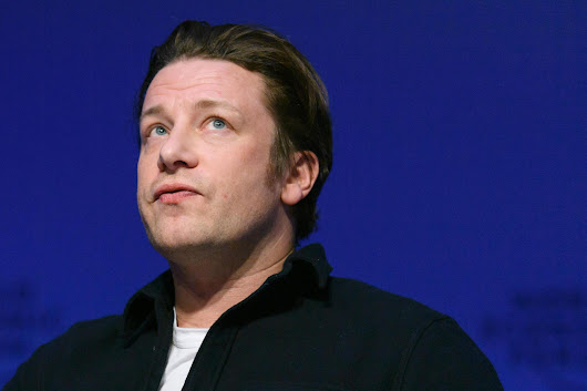 Axing free school meals 'is political suicide', Jamie Oliver warns