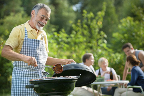 7 Money Saving Tips for Your Summer BBQ
