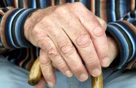 Nova lei aumenta a pena do estelionato quando praticado contra idosos