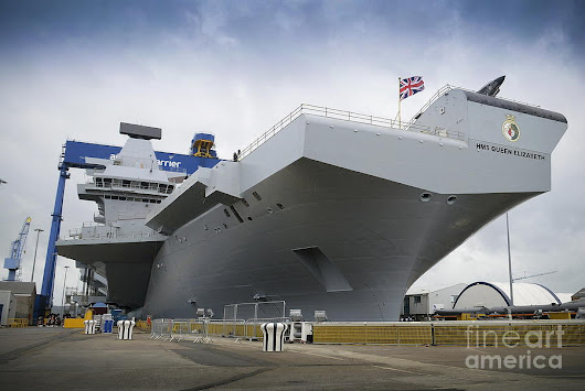 Hms Queen Elizabeth Following Her Naming Ceremony Conducted At Rosyth Dockyard by R Muirhead Art