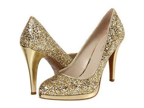 """Golden Glitter Pumps  3.5"""" spike heel .5"""" platform. Love"""