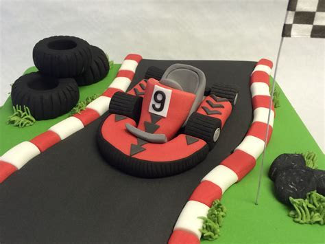 Go Kart Race Track Cake   Boys Birthday Cakes