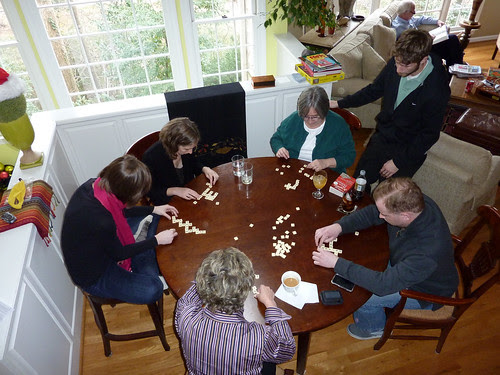 P1000034-2009-12-26-Christmas-BananaGram