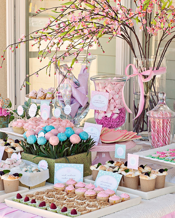 Sweet Customers} Chloe's Flower Garden First Birthday Party!   The ...