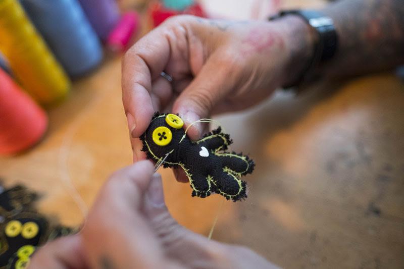 Preserva La Creación De Muñecas De Trapo Con Telañecos