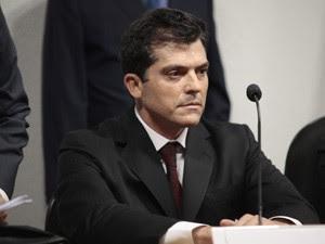 Fernando Cavendish, ex-diretor da Delta, não quis responder aos parlamentares e foi dispensado da CPI (Foto: Antonio Augusto/ Agência Câmara)