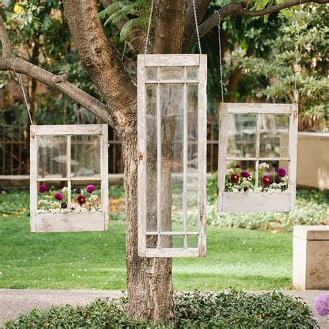 Hanging antique window ceremony decor // Luminaire Images