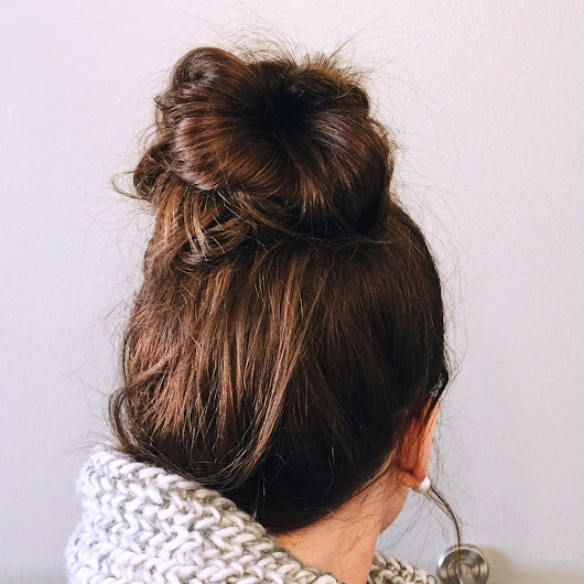 HOLIDAY HAIR SERIES: Messy Top Knot