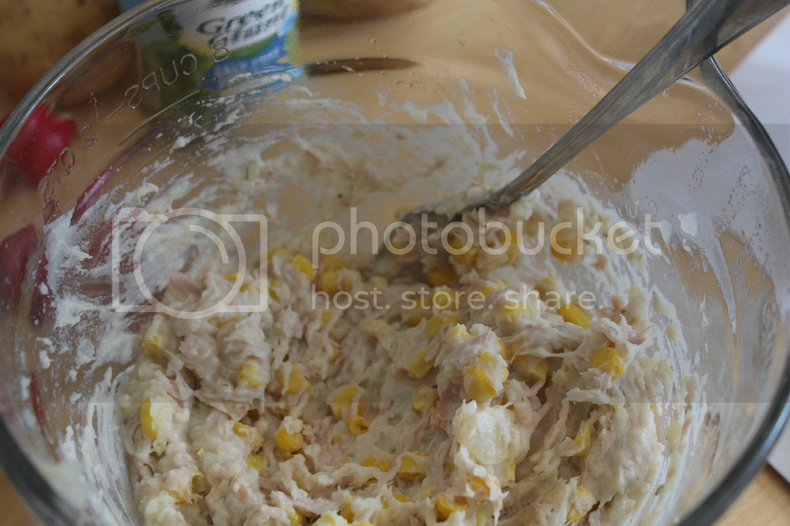 tuna and sweetcorn mixture
