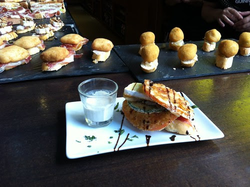 Café Bar Glass (Las Arenas) #pintxo Tomates Verdes Fritos