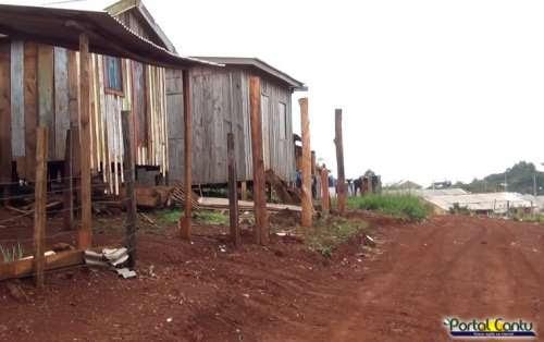 Laranjeiras - Moradores do São Miguel estão desesperados e pedem ajuda; Veja o vídeo