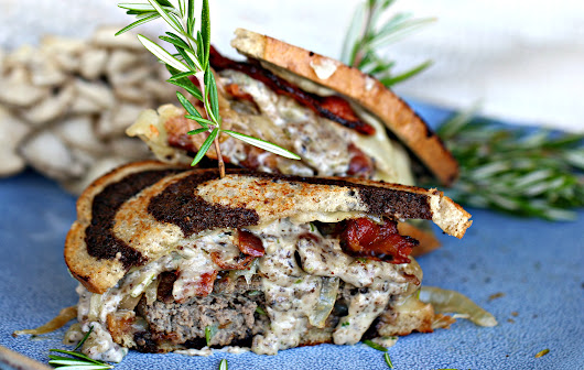 American Fusion Patty Melt with Mushroom and Bacon Gravy — At Home with Rebecka