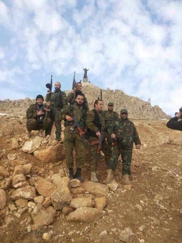 Οι σύριοι φαντάροι μετά τη νίκη , το γλυπτό του Χριστού στο βάθος