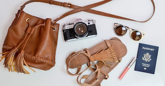 12 Things to Always Have in Your Carry-On Bag