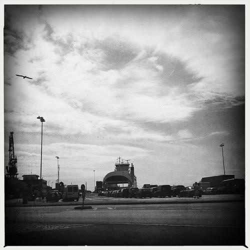 sunday's ferry :: søndagens ferge