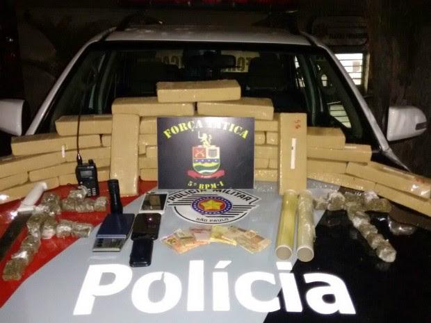 Polícia apreende 30 kg de maconha em Taubaté (Foto: Divulgação/Polícia Militar)